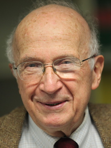 Announcements of Plenary Presentations: The Nobel Prize Laureathe, Professor Roald Hoffmann (USA)